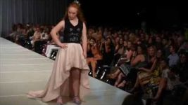 Watch inspirational teen model Madeleine Stuart kick off Birmingham Fashion Week 2016